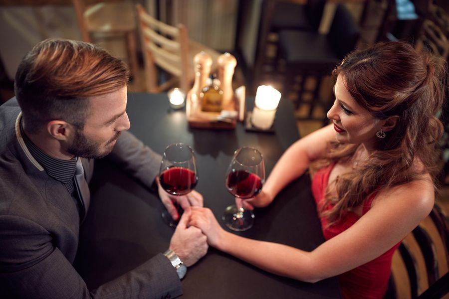 how to make a date less awkward